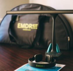 პოსტტრავმული სტრესული აშლილობის მკურნალობა (EMDR)